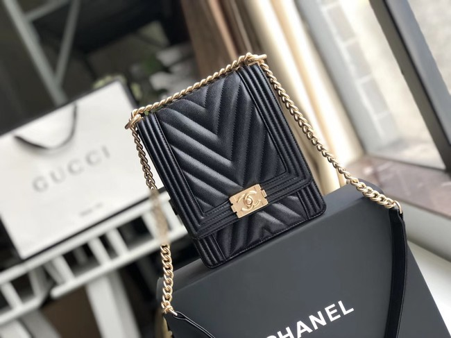 Boy chanel handbag Grained Calfskin & Gold-Tone Metal VS0130 black