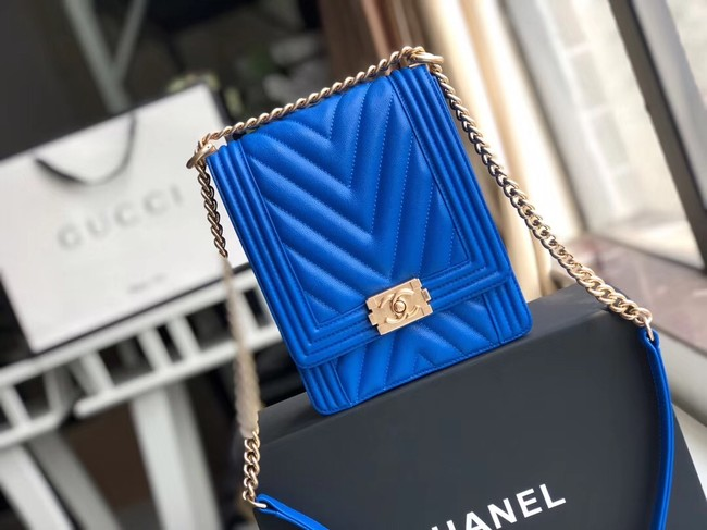 Boy chanel handbag Grained Calfskin & Gold-Tone Metal VS0130 blue