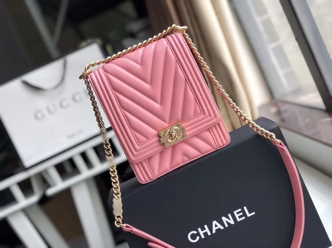Boy chanel handbag Grained Calfskin & Gold-Tone Metal VS0130 pink
